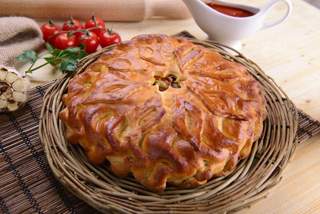 пирог со свининой и овощами