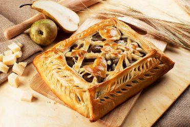 пирог с грушей и козьем сыром